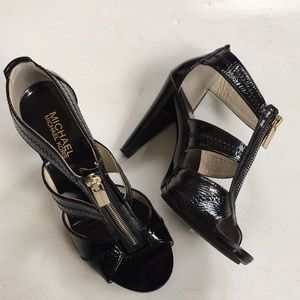 EUC Michael Kors leather heels